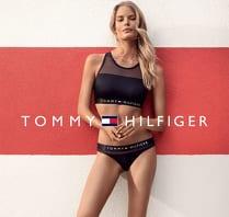 ... distingovaným logem v tradiční trikoloře si získal srdce mj. i Aaliyah  a Gigi Hadid uvedla pod Tommy Hilfiger svoji vlastní kolekci oblečení a  doplňků. 1aa2a54610
